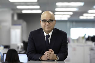 ブイ・テクノロジー 代表取締役社長 杉本 重人